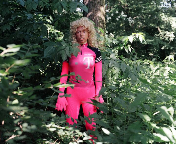 Frau Tiergarten, C-Prints, 2005, Fotos: Anton Chemishanov